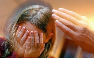 Protection de l'enfance: les professionnels devront dénoncer les cas de maltraitance
