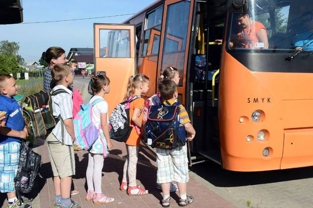 Fillette de 3 ans oubliée dans un bus scolaire