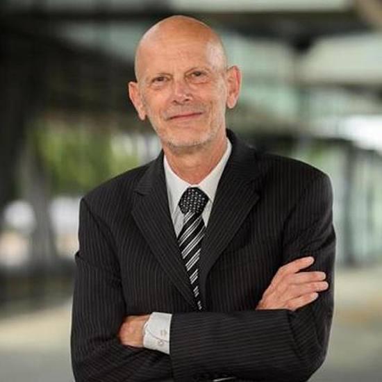 Dr. Daniel Koch